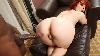 Incredible Sadie Kennedy has that pussy ready for action