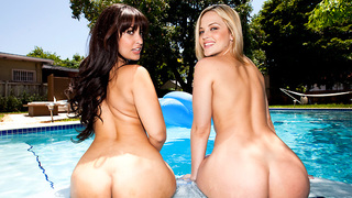 This weeks Assparade ids the fucking shit. We got Alexis Texas & Liz fucking and sucking and shaking there tail feathers for us for damn near an hour. I promise your gonna love watching these two bomb shell porn-stars get dicked down and loads dropped all